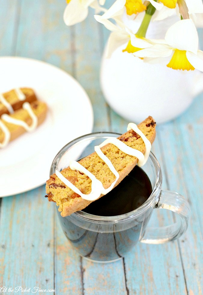 carrot cake biscotti with white chocolate atthepicketfence.com