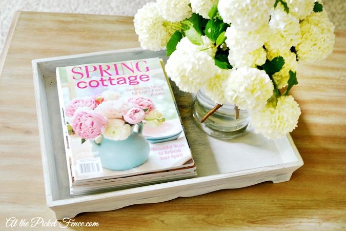 cottage styled coffee table tray atthepicketfence.com