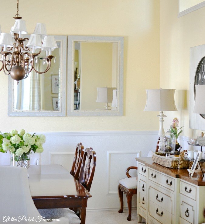 french country styled dining room atthepicketfence.com