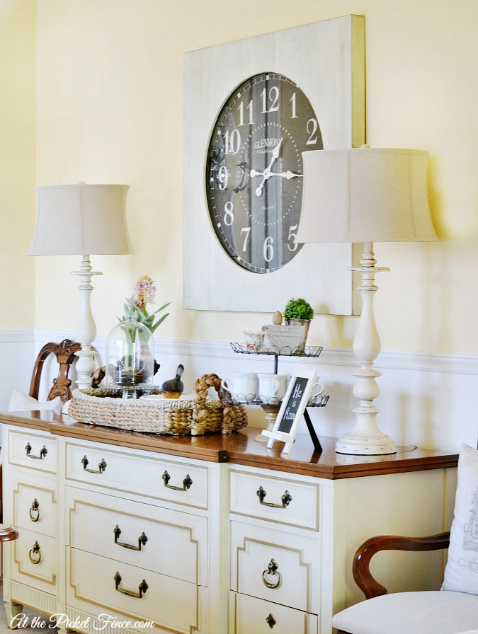 oversized wall clock in the dining room - at the picket fence