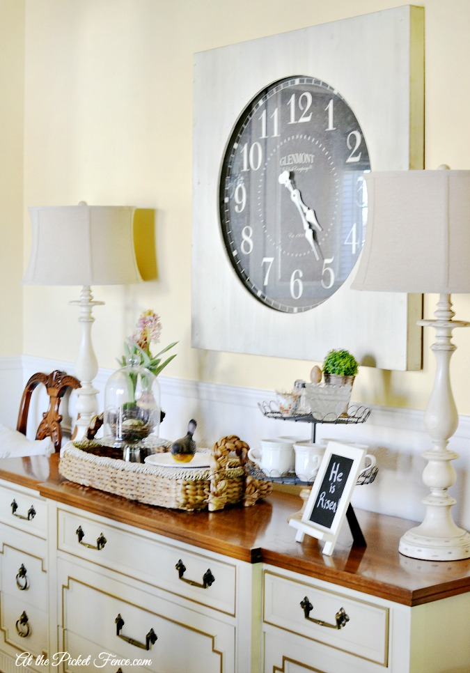 Oversized Wall Clock in the Dining Room