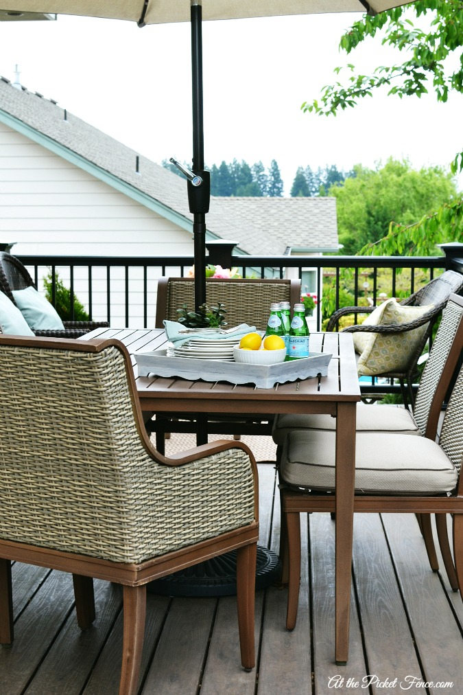 deck decorating ideas atthepicketfence.com