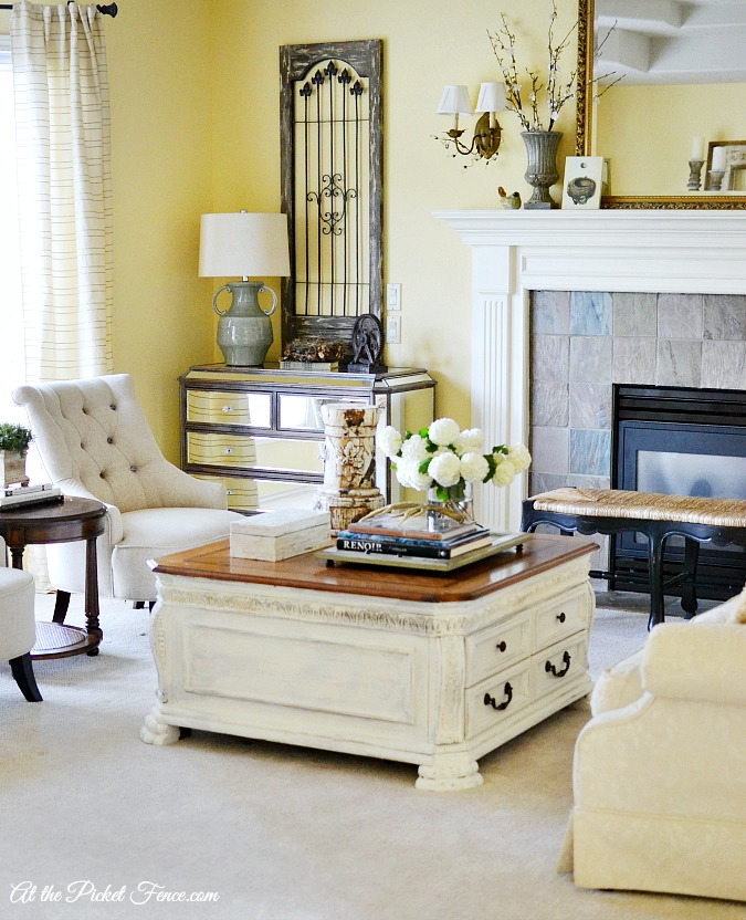 French Country Living Room Decor Atthepicketfence