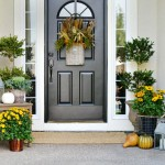 Fall Front Porch decorating that is simple and easy! from atthepicketfence.com