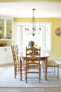 Farmhouse style dining room atthepicketfence.com