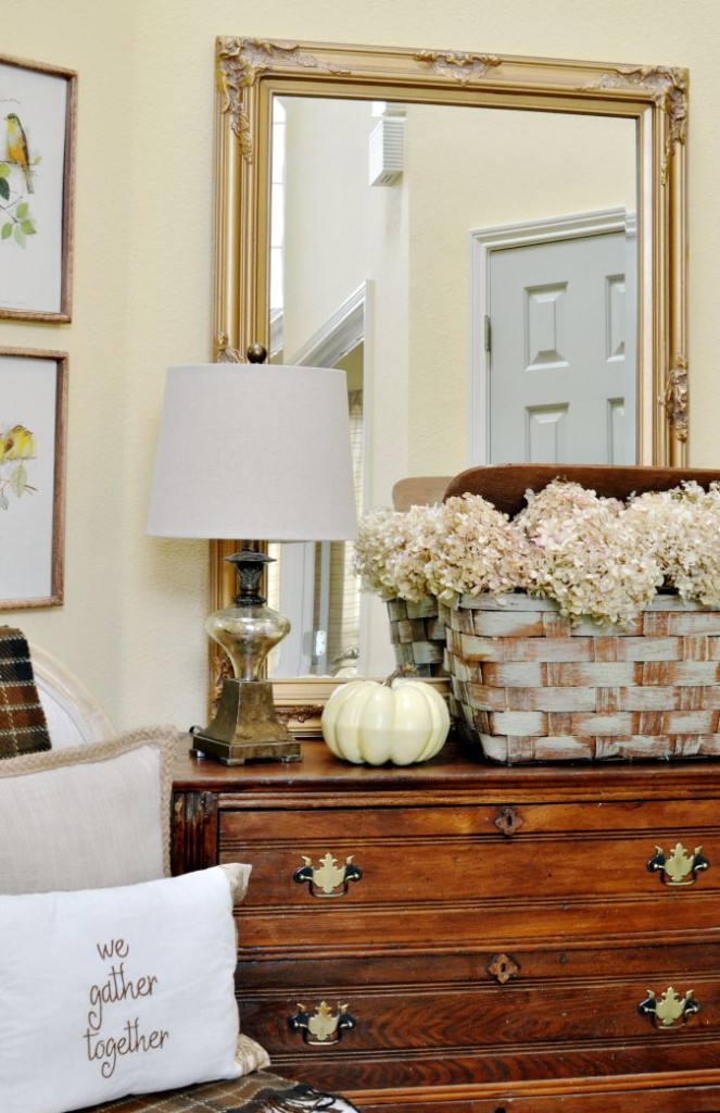 simple fall entry decorating atthepicketfence.com