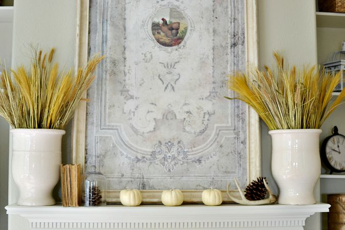 simple vintage inspired fall mantel atthepicketfence.com
