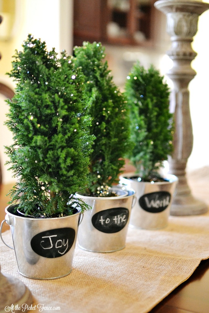 Pots spell out Joy to the World