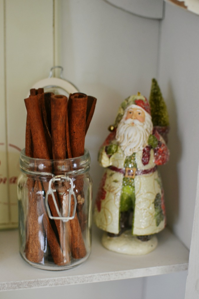 cinnamon sticks in a jar
