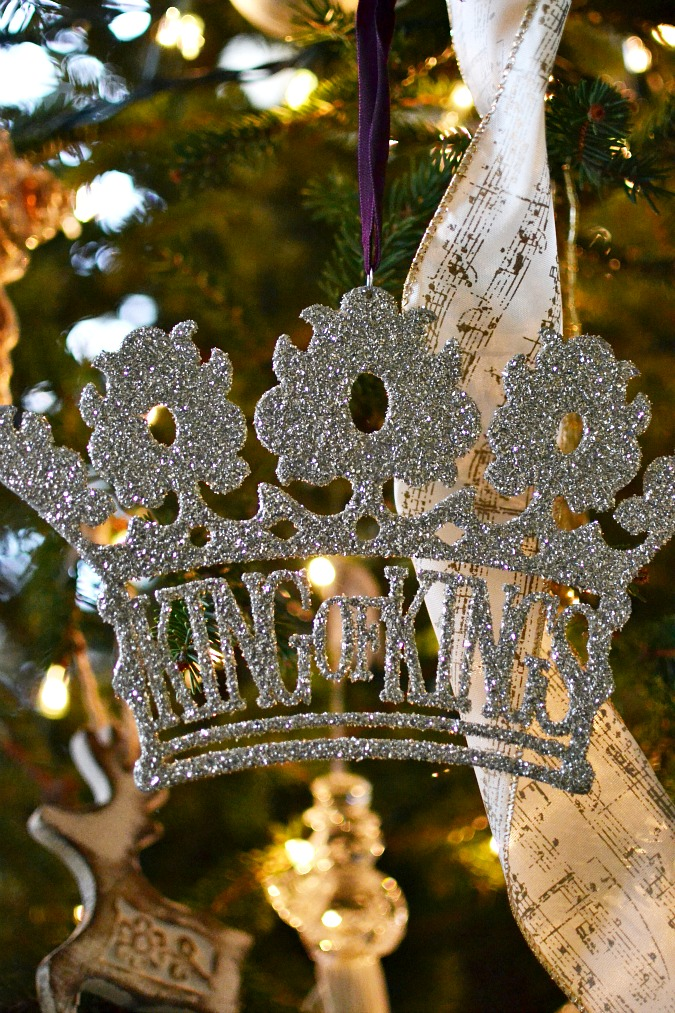 king of kings adornaments ornament