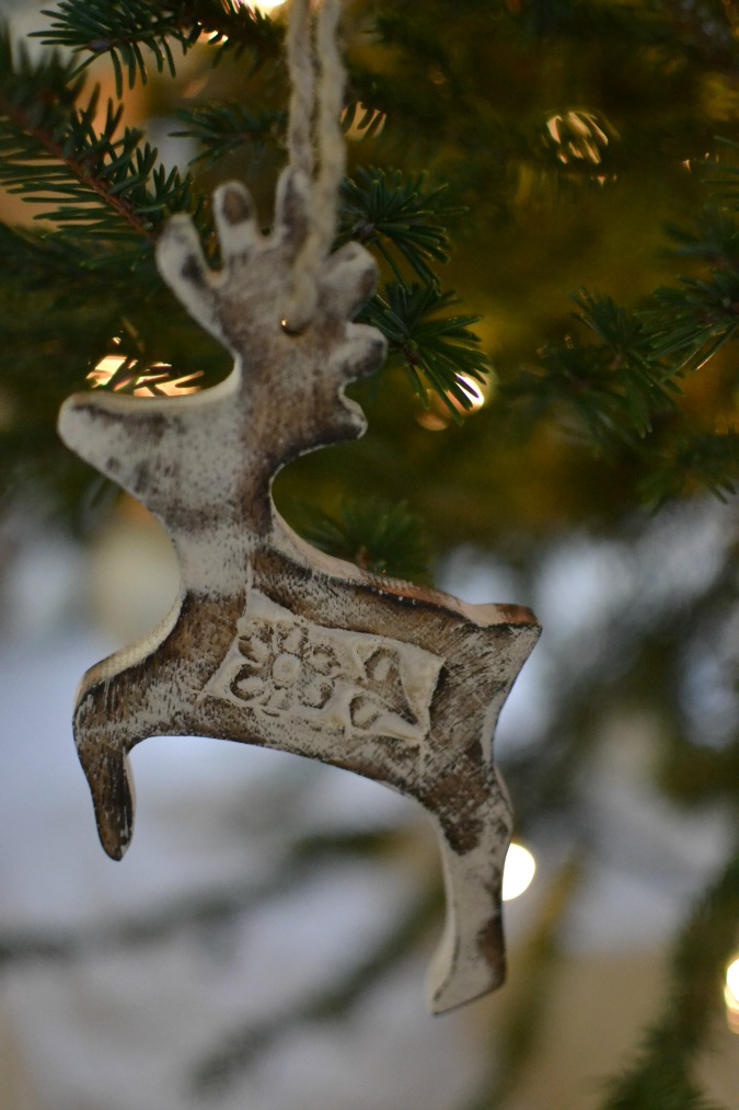 wood reindeer ornament