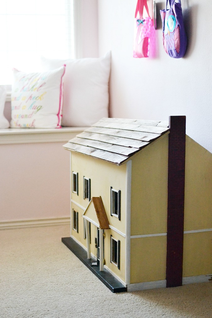 Colonial style wood dollhouse