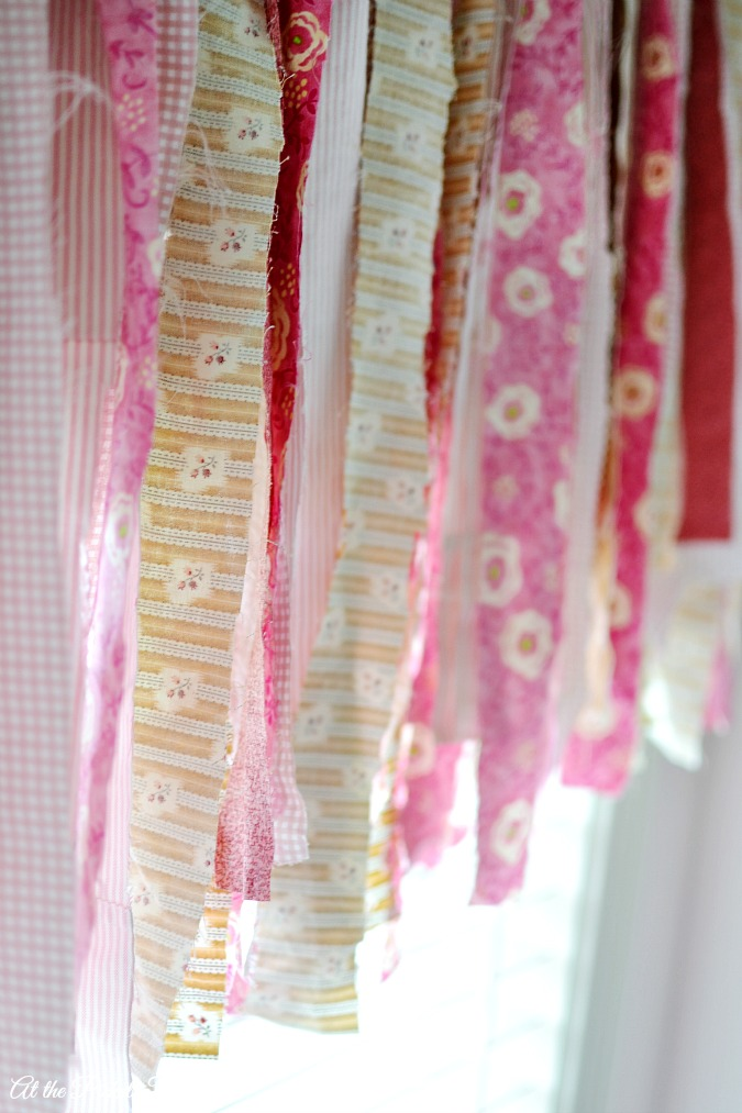 fabric scrap garland atthepicketfence.com