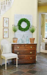 French country home entry decor