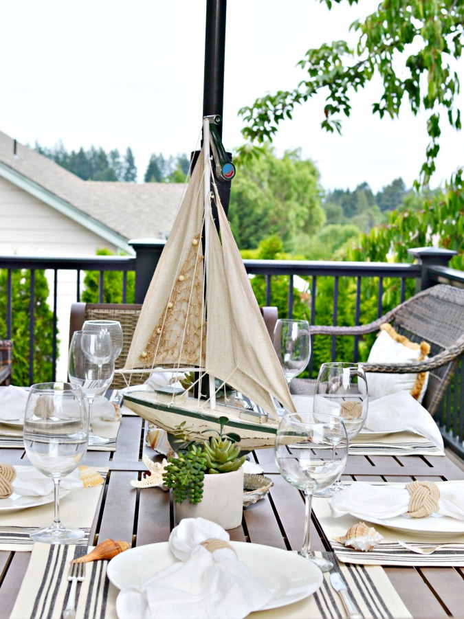 Beachy summer table setting