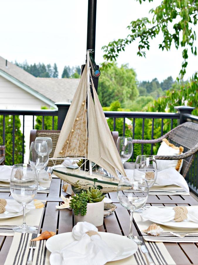 Beachy summer table setting
