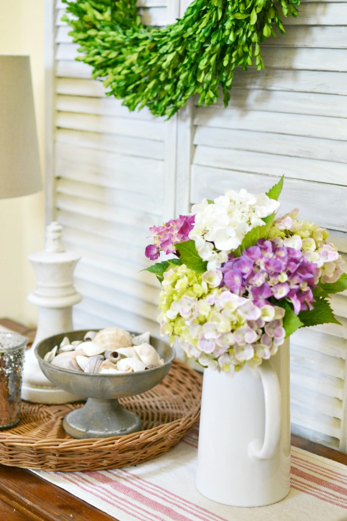 Vintage inspired summer decorating idea