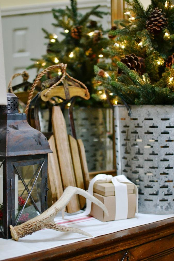 Christmas entry table decor ideas
