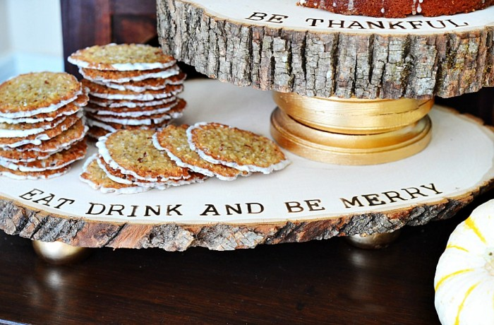 DIY Wood Slice Thanksgiving Serving Trays
