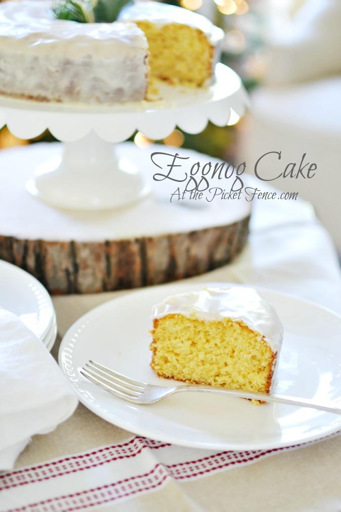 Easy Eggnog Cake with Eggnog Icing