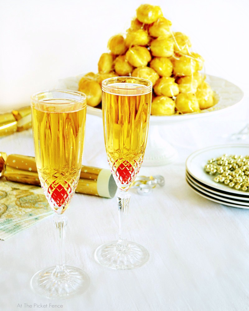 Kentucky Champagne.. a fun drink for New Year's Eve!