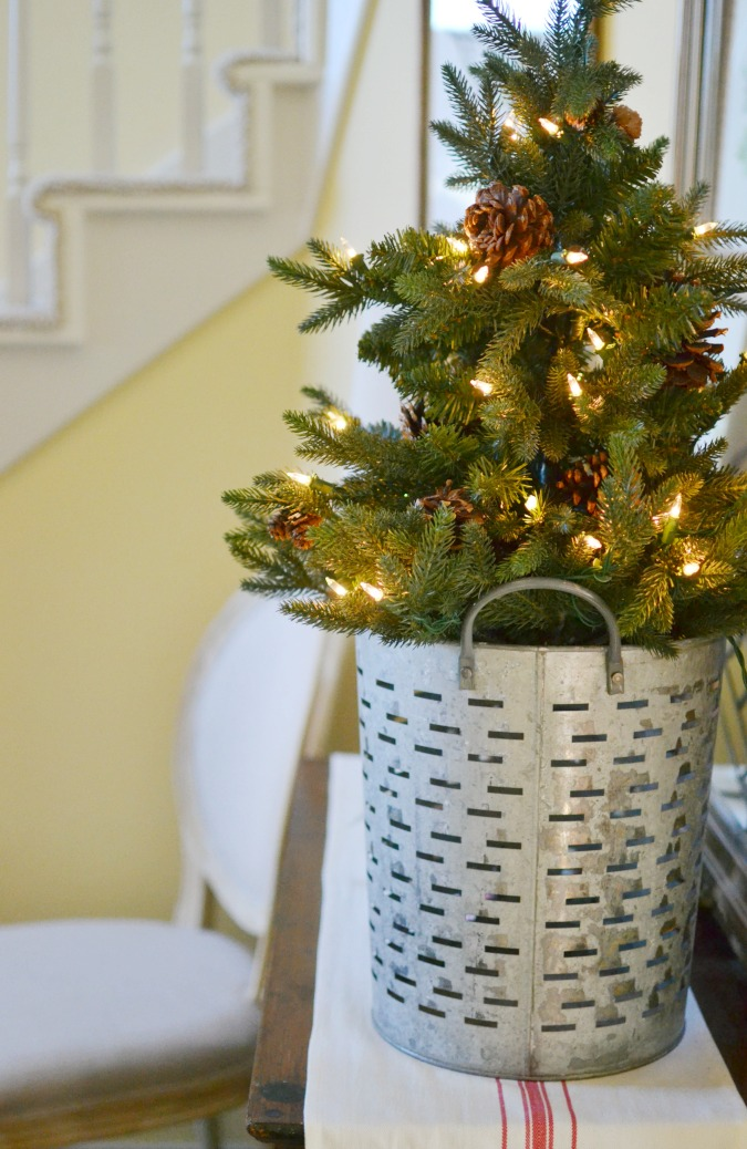 Winter Decorating Ideas At The Picket Fence
