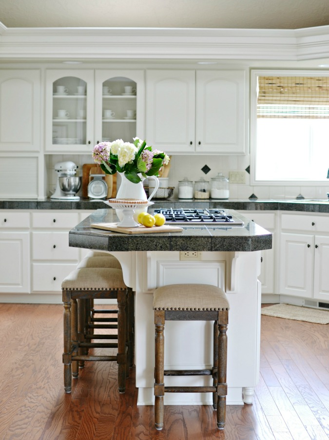 French Country style kitchen makeover